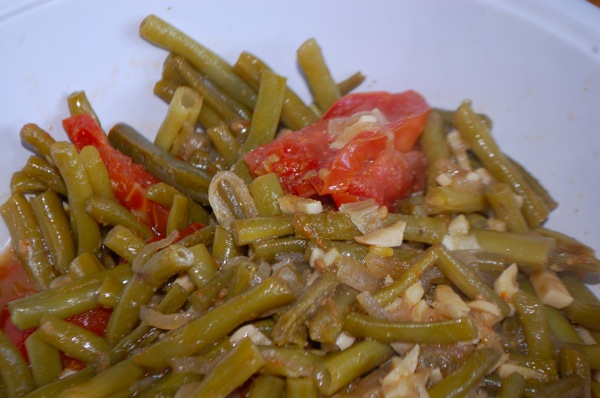 Green Beans with Tomatoes and Garlic 1