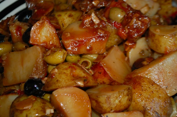 Potatoes Stewed with Olives 2