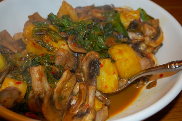 Mushrooms with Mustard Greens and Pineapple 2