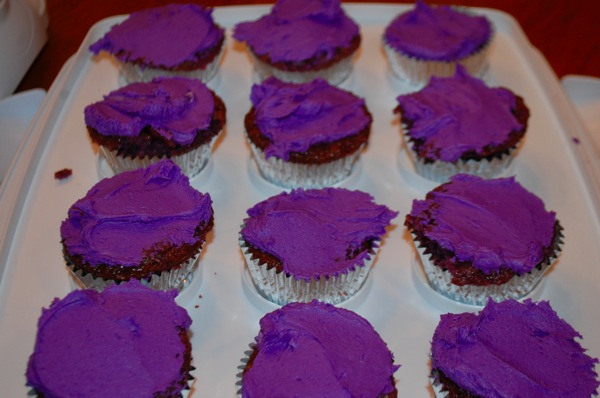 Eggless Purple Cupcakes 1